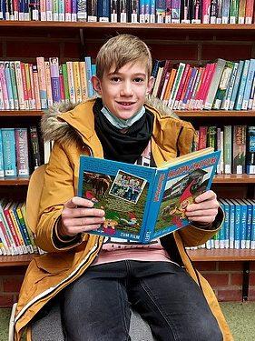 Vorlesewettbewerb – der Schulsieger ist Luis!